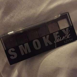 Nyx Smokey Palatte