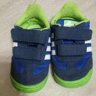 Adidas Dragon Preloved Shoe