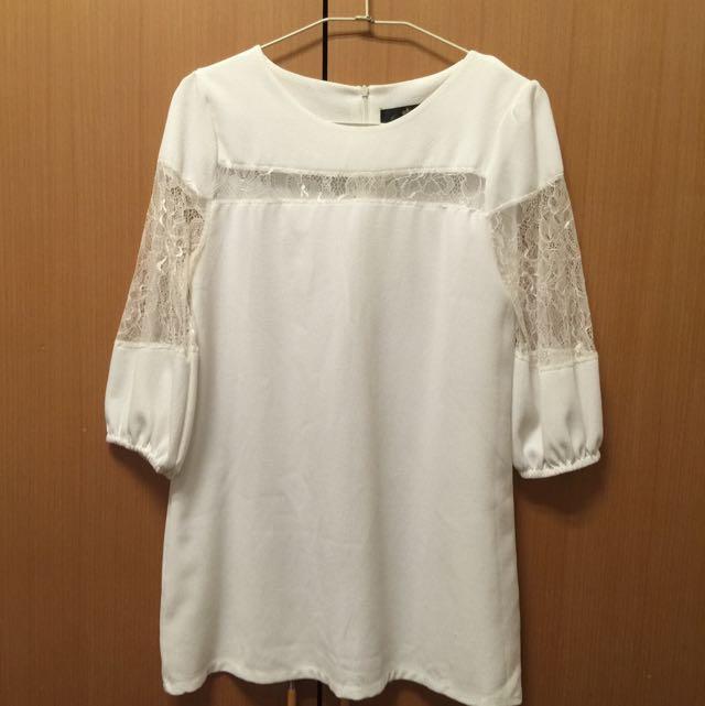 白色長版上衣七分袖