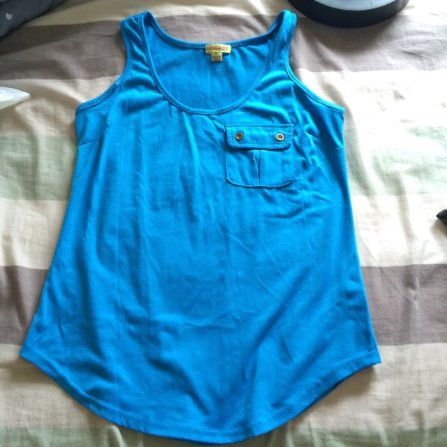 Avocado Blue Singlet. Size 6