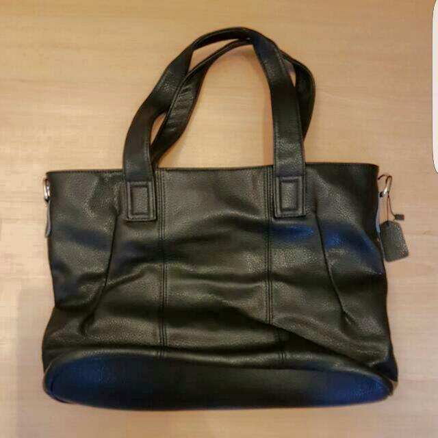 BN GENUINE LEATHER Bag