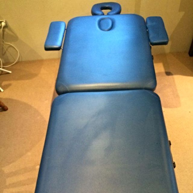 Collapsing Massage Table