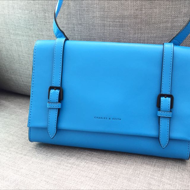 MAKE AN OFFER: Charles & Keith Shoulder Bag