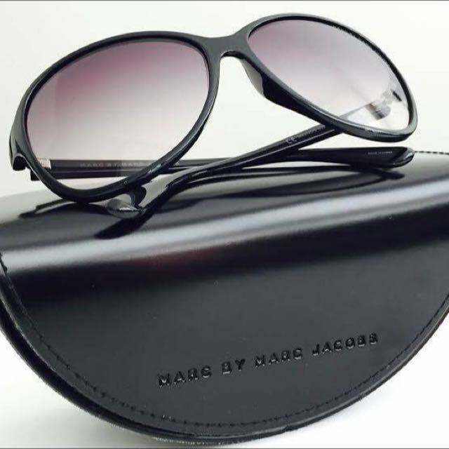 MAKE AN OFFER: Marc by Marc Jacobs Black Tonal Sunglasses