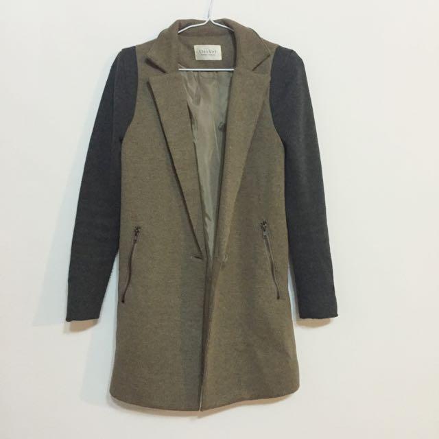 STARMIMI袖拼接設計質感長版大衣/S號