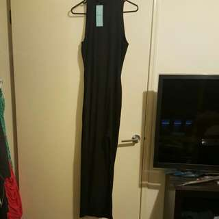 Size 1 Brand New With Tags Maxi With A Split In The Side. I Understand This Is An Expensize Item So If You Like To Have A Better Look Im More Than Happy To Wear It And Take More Photos Just Msg Me 😀
