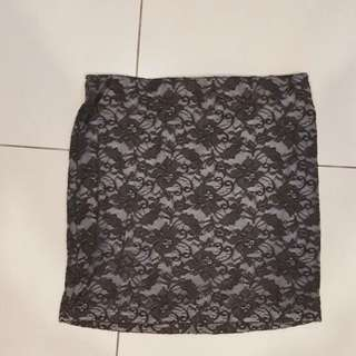 Preloved Lace Bodycon Skirt Black