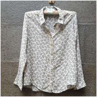 Preloved Nyla Skull Shirt Broken White
