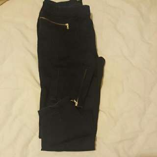 Zara Jeggins With Gold Zips Size 26 Or European 36