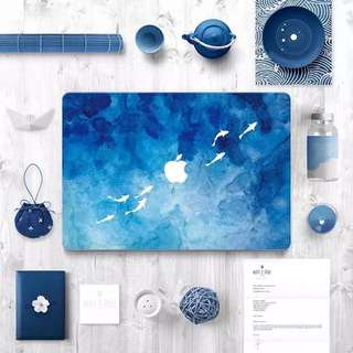 💗Apple Mac book pro 保護貼膜 外殼貼紙(藍鯨魚)