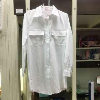 白色薄襯衫(罩衫)