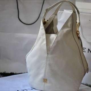 Givenchy Tinhan Hobo