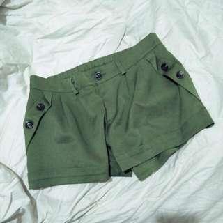 🚚 軍綠色 雪紡 西裝 短褲