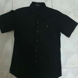6th Empire Plain Black SS Shirt With Fox Buttons