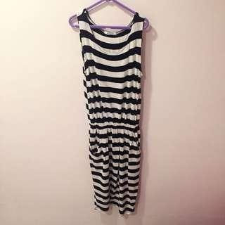 [已保留]黑白條紋莫代爾棉長裙