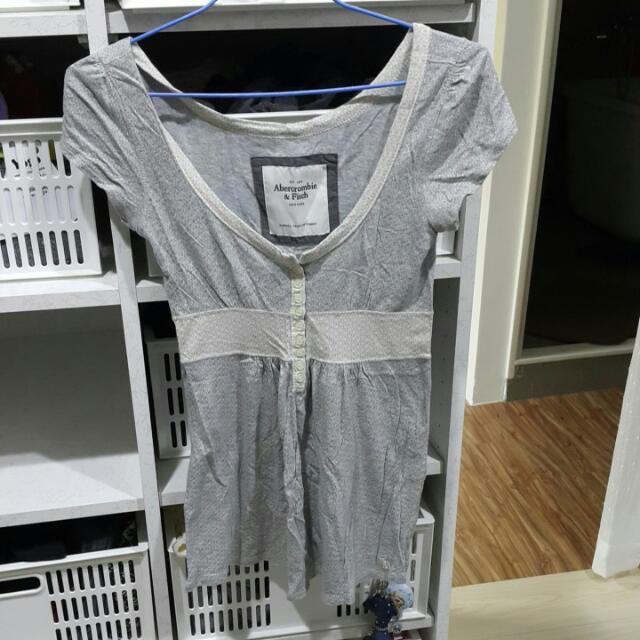 Abercrombie&fitch低胸休閒上衣