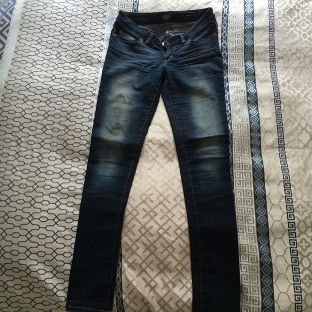 GUESS Jeans 27/34