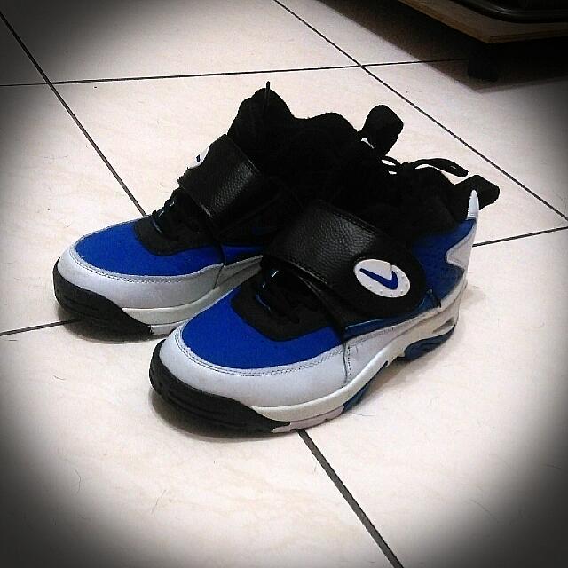 正版Nike籃球鞋24號(二手)