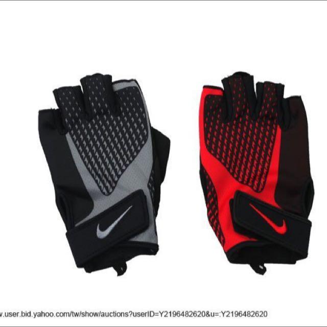 Nike Core Lock健力手套商品型號: 黑 nlg38032md 紅NLG38020MD