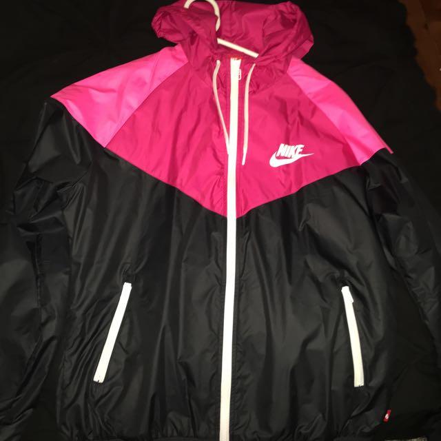 Nike Womens Windrunner Jacket