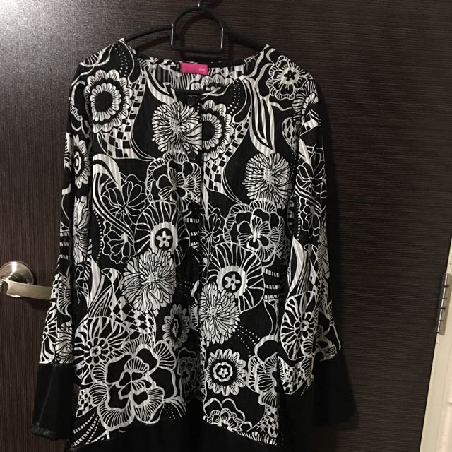"""OVA"" Designed Blouse"