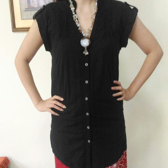 Preloved Bershka Black Long Tshirt