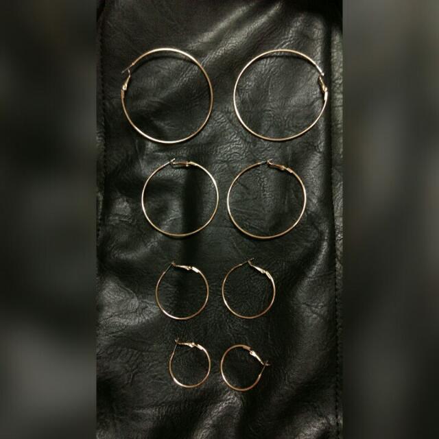 金色圈圈耳環