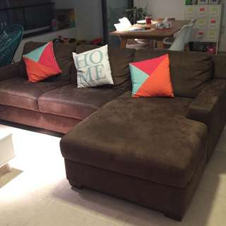 3 Seater Sofa With 'L' Chase