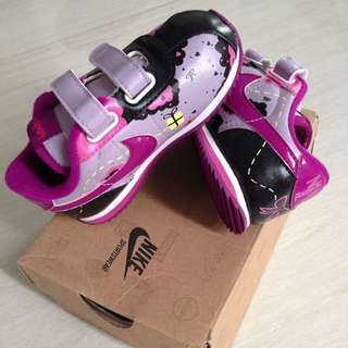 Nike Special Edition HAND PAINTED girls Shoes Size 7
