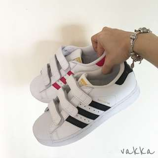 Adidas Superstar 魔鬼氈