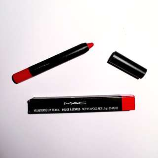 MAC Velvetease Lip Pencil in Anything Goes