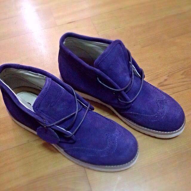 全新麂皮花雕工作鞋
