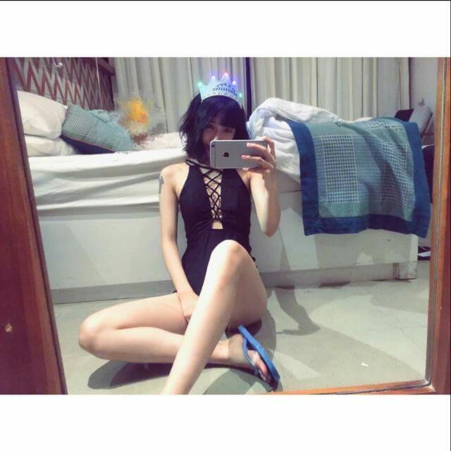 歐美胸前綁帶連身泳裝