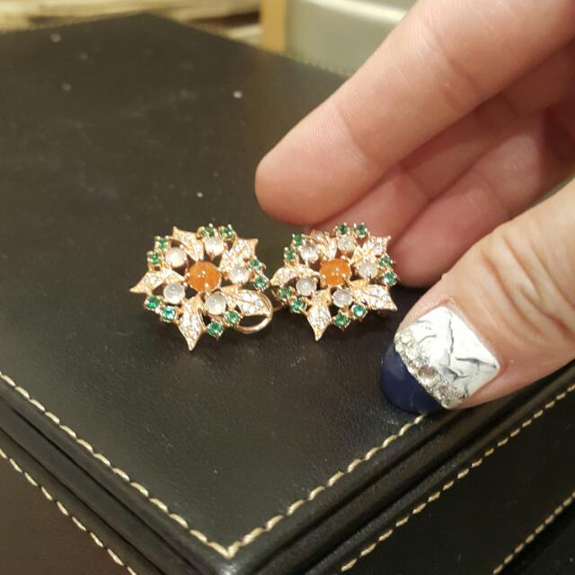 花朵珠寶冰玉耳環