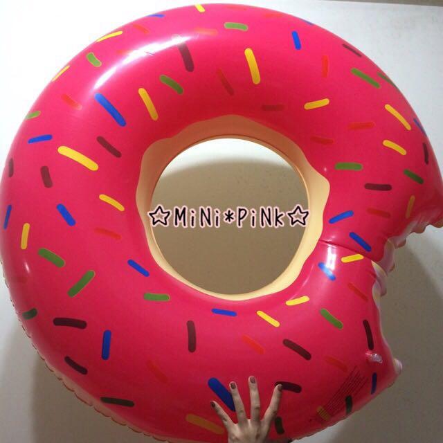 草莓甜甜圈造型游泳圈桃紅粉色