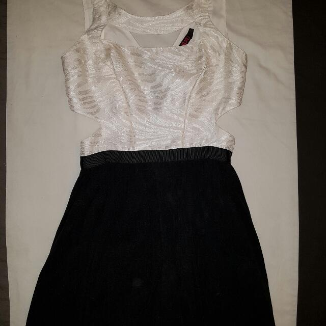 Kuku Black And White Cut Out Dress Size 8