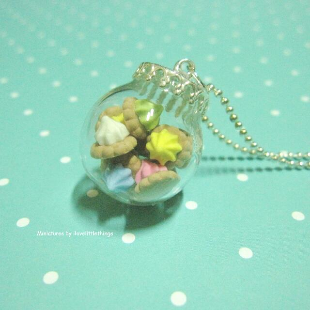 Medium Iced Gems Biscuits Glass Globe Necklace