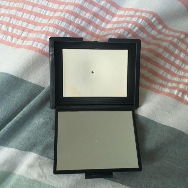 Nars Translucent Crystal Face Powder
