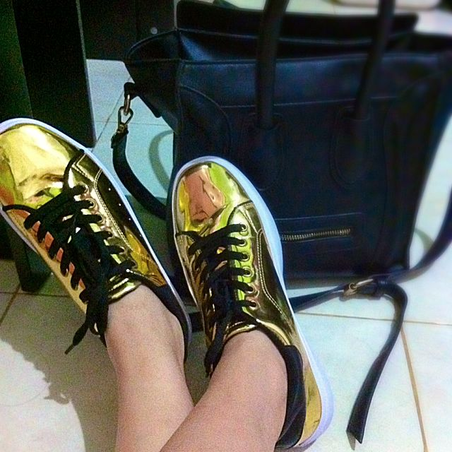 SALE 20%! Gold Sneakers