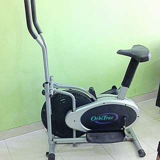 REPRICED!! Preowned Manual Cardio