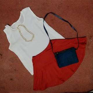 (Free Red Skirt) T-shirt BW simple and comfy