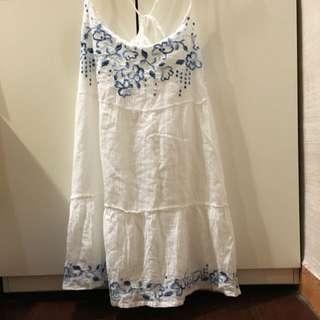 Hollister 刺繡洋裝