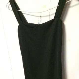 黑色包臀洋裝