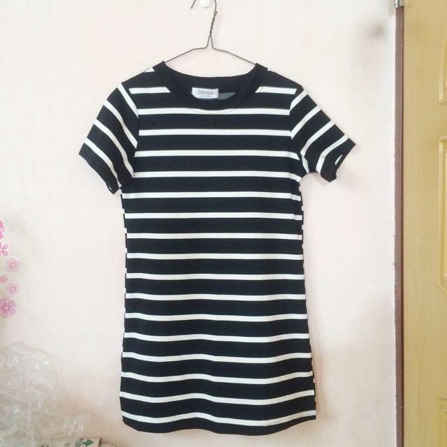 🔸黑白條紋長版衣