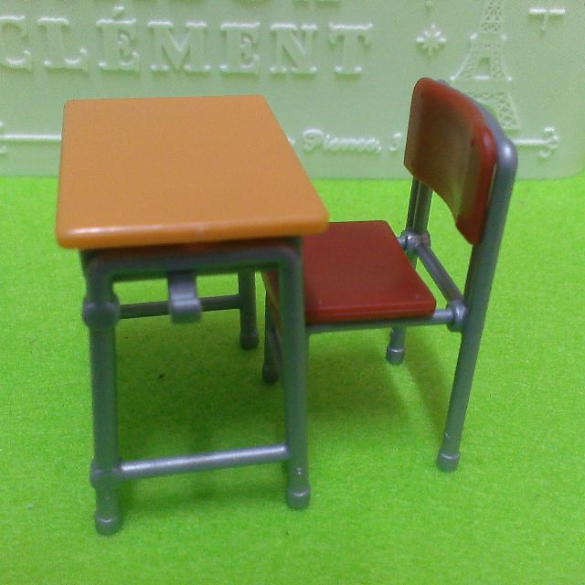 桌椅扭蛋 合售 100