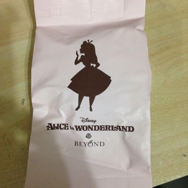 BEYOND愛麗絲聯名氣墊粉餅替換蕊