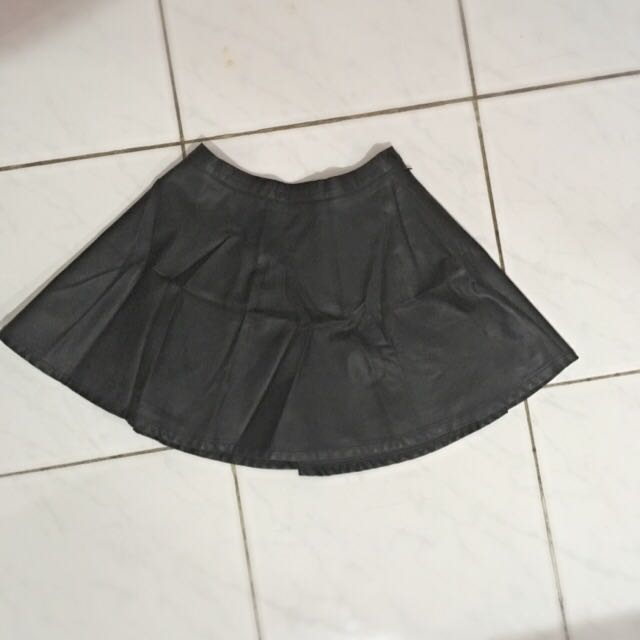 F21 Leather Skirt // Rok Kulit