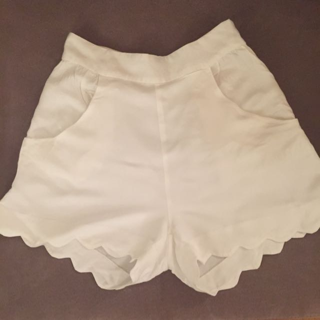 Finders Keepers Short (size 10)