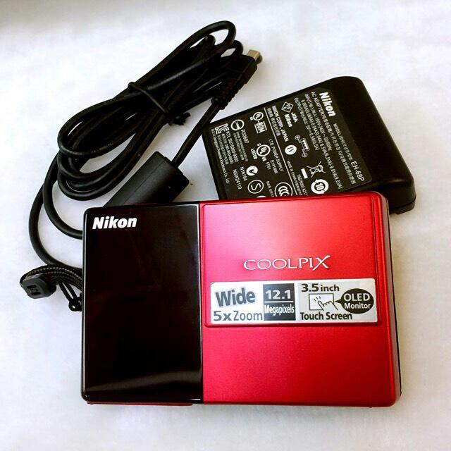 保留中 Nikon 相機 COOLPIX S70