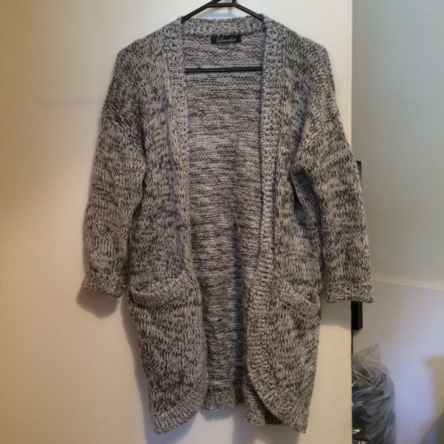 S/M Grey Long Knit Cardigan